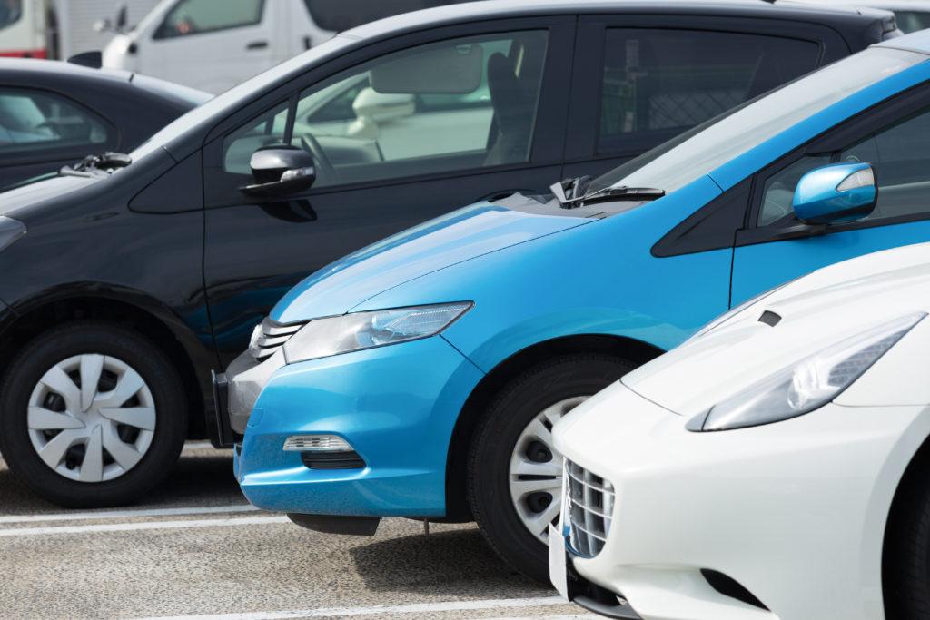 shutterstock 020405 1024x683 - どんな種類の副業があるか 予約制駐車場について